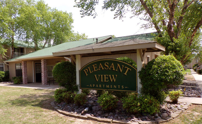 Pleasant_View_Sign