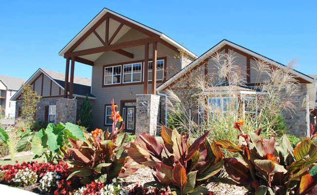 Mountain-Ranch-Clubhouse-1-Web