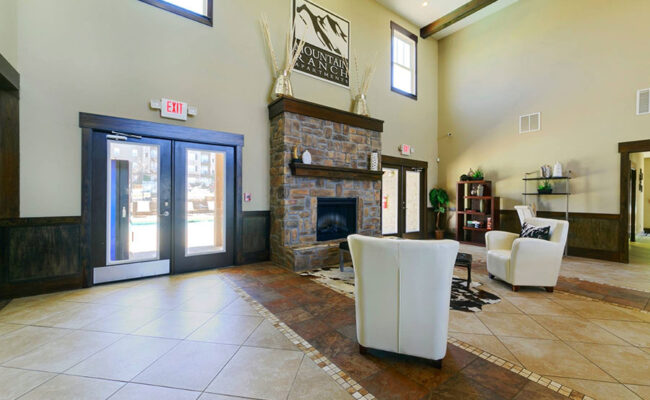 Mountian-Ranch-Clubhouse-6-Web