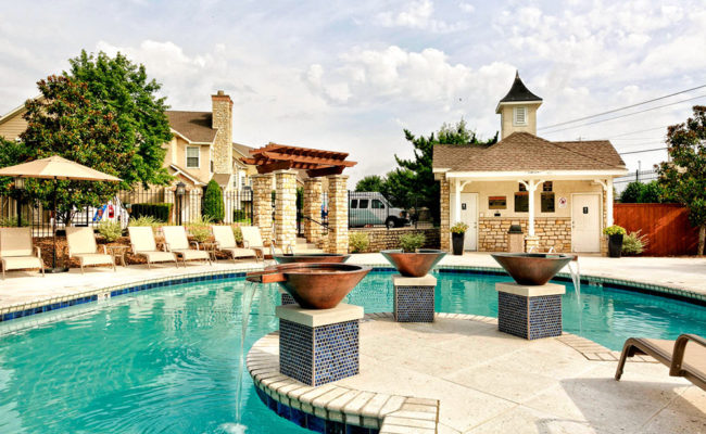 Stone-Manor-Pool-Web