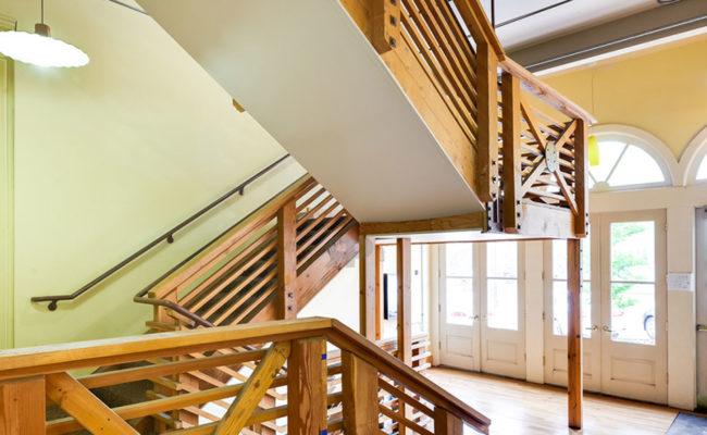 The_Landings_Stairway_2